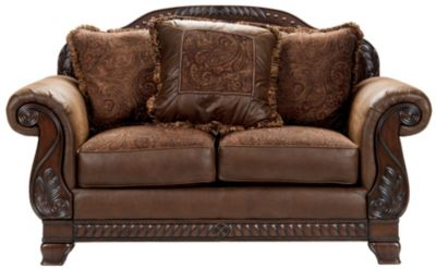 Ashley barcelona sofa barcelona sofa set signature design for Sofa 3 cuerpos salerno